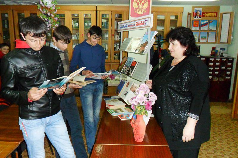 Жителям станицы Зеленчукской рассказали о «Дне народного единства»
